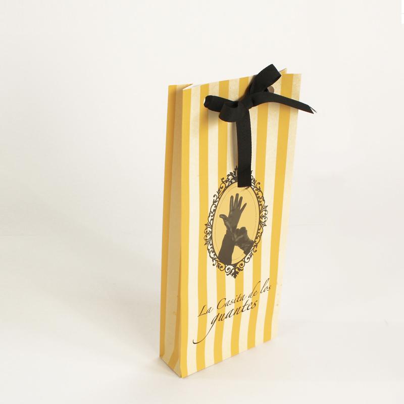 Brintel sobre estuche regalo para complemento y guantes diseño - diseño gráfico - artes gráficas - imprenta - etiquetas - bolsas - packaging - display - imagen - plv