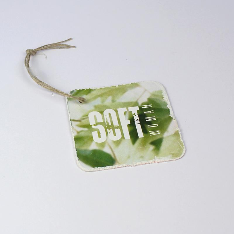 Brintel etiqueta hangtag efecto desgastado combinada y efecto envejecido multicapa diseño - diseño gráfico - artes gráficas - imprenta - etiquetas - bolsas - packaging - display - imagen - plv