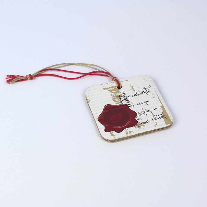 Brintel etiqueta ropa microcanal cordon multiple efecto piel diseño - diseño gráfico - artes gráficas - imprenta - etiquetas - bolsas - packaging - display - imagen - plv